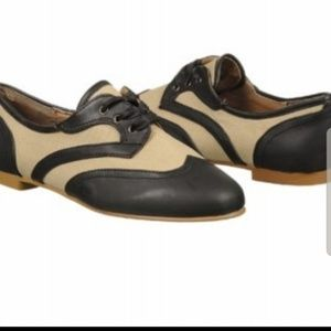 WANTED Jigsaw canvas oxford flats pinup shoes
